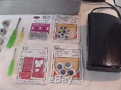 ARROW Heavy Duty ZIGZAG Sewing Machine with travel case & extras