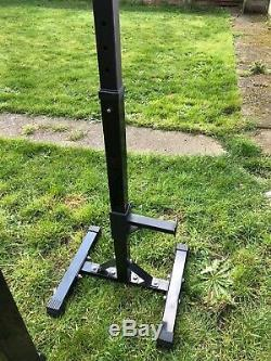 Heavy duty squat and bar rack, Portable, Easy To Store