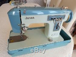 Jones Heavy Duty Semi Industrial Sewing Machine. Leather, Upholstery Sailmaker