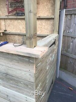 Portable Outdoor Bar On Heavy Duty Castors