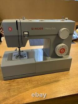 Singer 4423 Heavy Duty Sewing Machine, used, excellent condition
